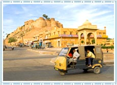 Auto Rickshaws in Udaipur